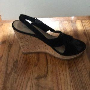 Diane von Furstenberg black suede wedge sandals 10